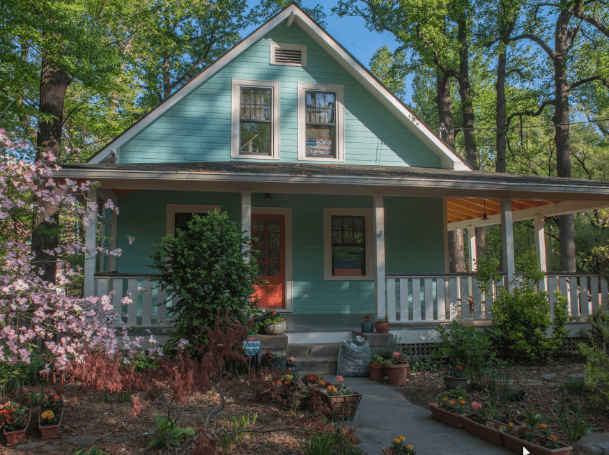 Exterior Paint Company in Bethesda painted this house in Montgomery County